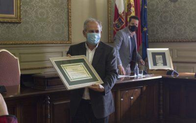 Juan Ignacio Macua recibe el Premio Memorial Quique Castel-Ruiz por su aportación técnica a la producción de hortalizas y, en especial, a la Alcachofa Blanca de Tudela